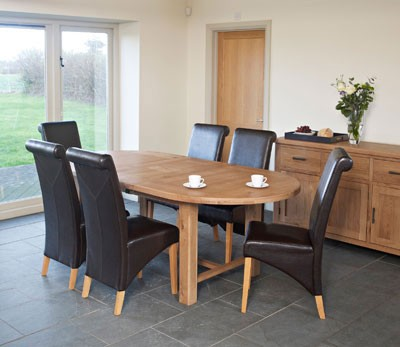 Furniture Link Hampshire Extending Oval Table